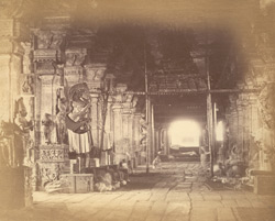 Interior of the Pudu Mandapa, Minakshi Sundareshvara Temple, Madurai
